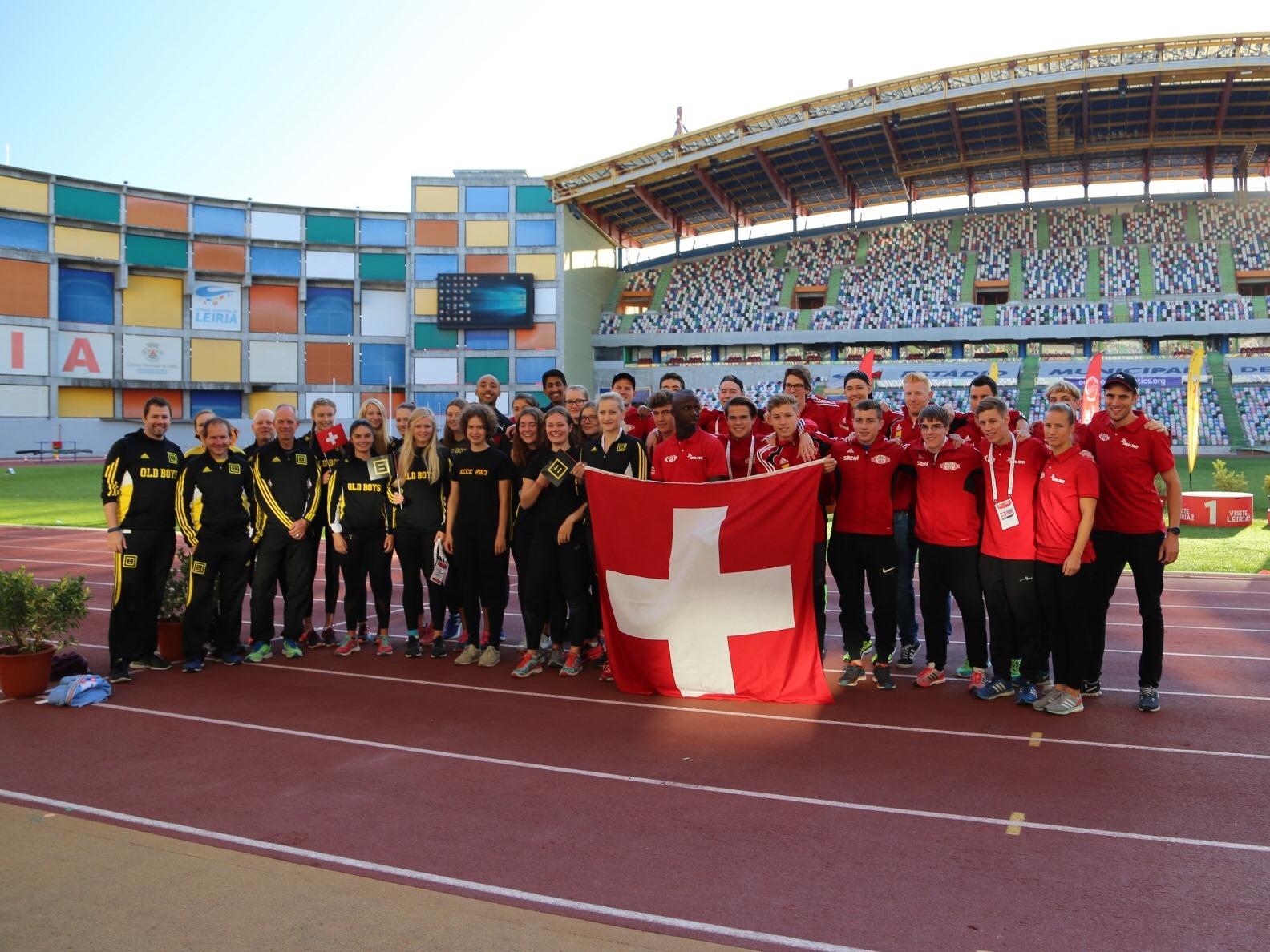 Die Old Boys Basel und die LV Winterthur nach ihren Einsätzen am U20-Vereins-Europacup in Leiria 2017