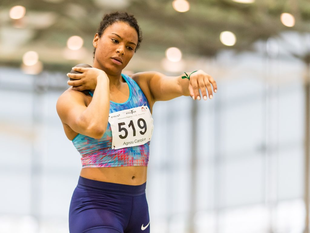 Caroline Agnou beim Kugelstossen am Hallenmeeting von Biel/Bienne Athletics 2018 in Magglingen (Photo: athletix.ch)