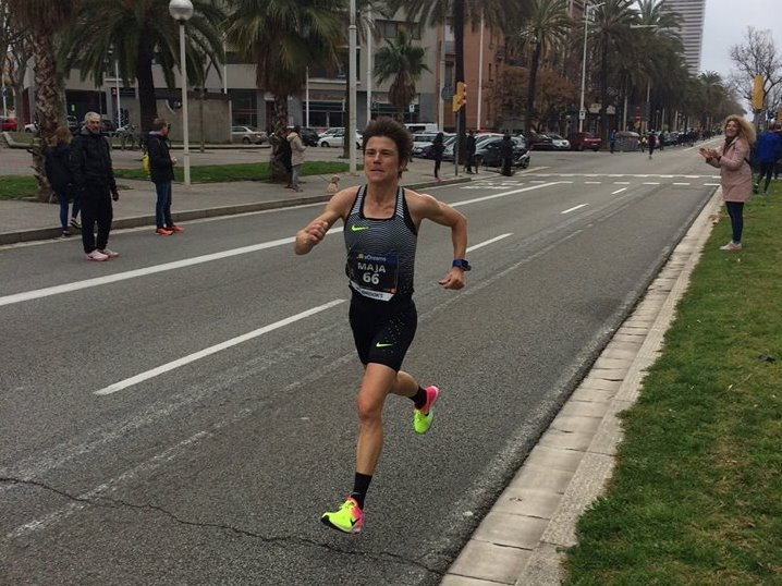 Maja Neuenschwander beim Halbmarathon 2017 in Barcelona (Photo: Facebook)